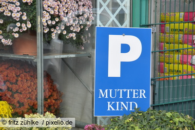 Schwulenparkplatz statt Mutter/Kind