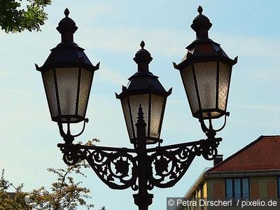 Straßenbeleuchtung nur für Reiche