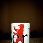 Auch die Tasse mit dem Berliner Bären müsste geändert werden.